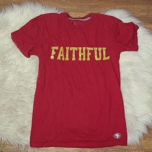 Nike Faithful SF 49ers t shirt red & gold small